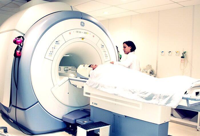 Exame de Ressonância Magnética em bh